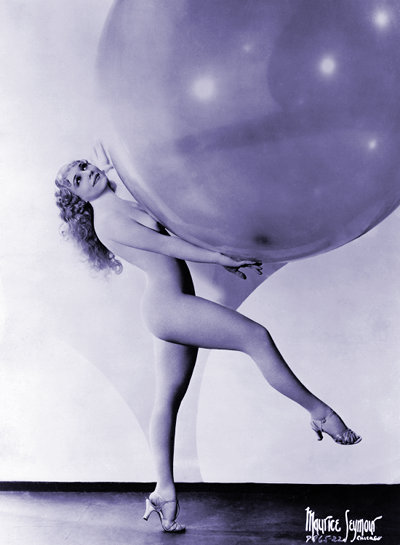 Sally Rand, leggy with balloon