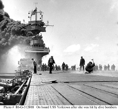 USS Yorktown after hit by dive bombers, Battle of Midway, 4 June 1942 (mini)